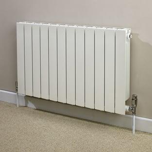 Heatwave Hanworth Horizontal Designer Aluminium Radiator 590mm H x 428mm W - 5 Sections