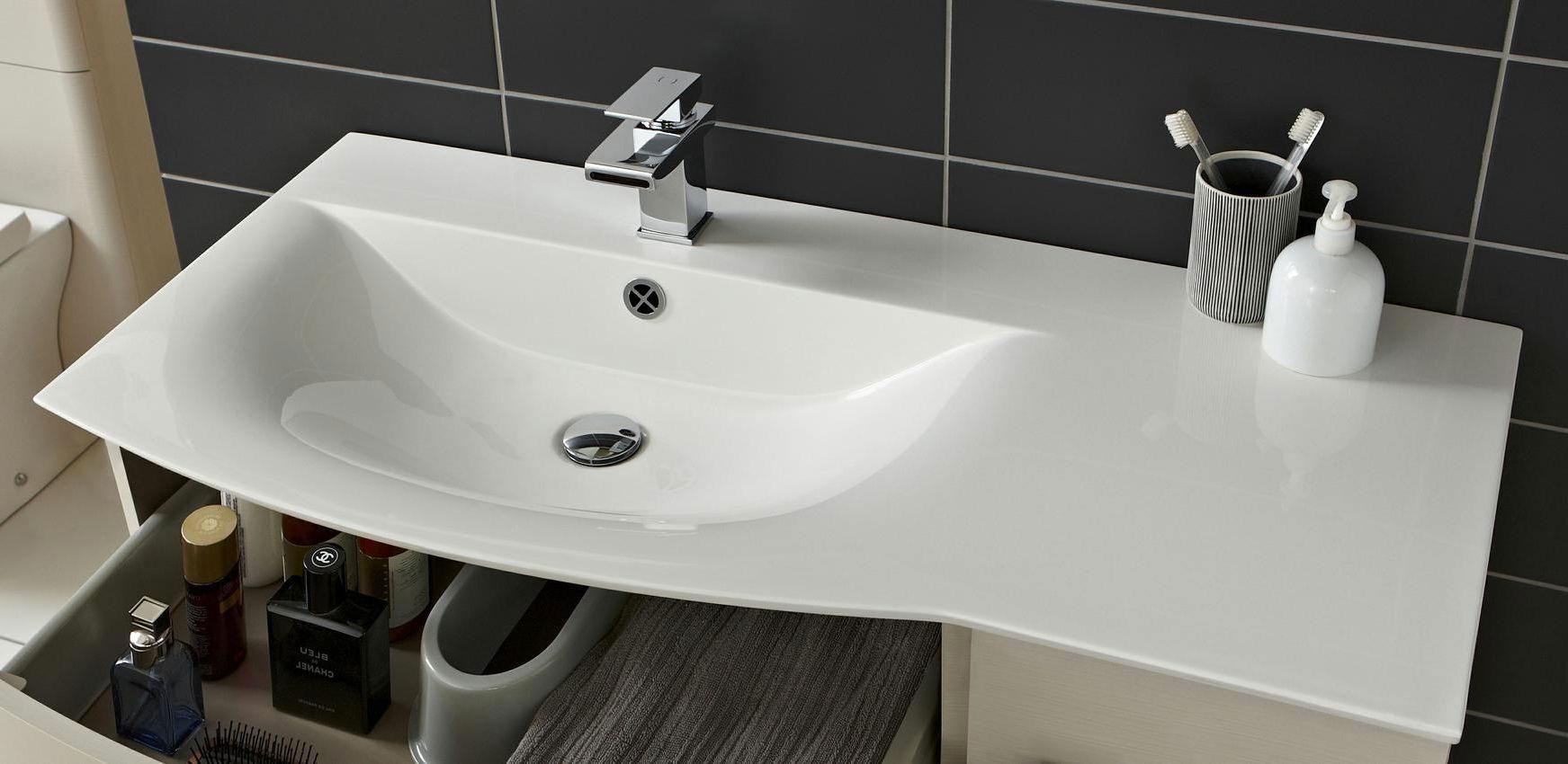 Bathroom amp Bath Furnishings  Hudsons Bay