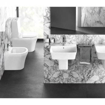 Britton Fine Close Coupled Toilet with Standard Cistern - Soft Close Seat