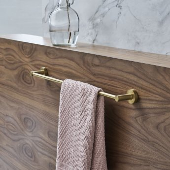 Britton Hoxton 600 Single Wall Mounted Towel Bar - Brushed Brass