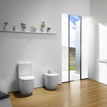 Roca Meridian-N Compact Close Coupled Toilet with Dual Outlet Push Button Cistern, Standard Seat