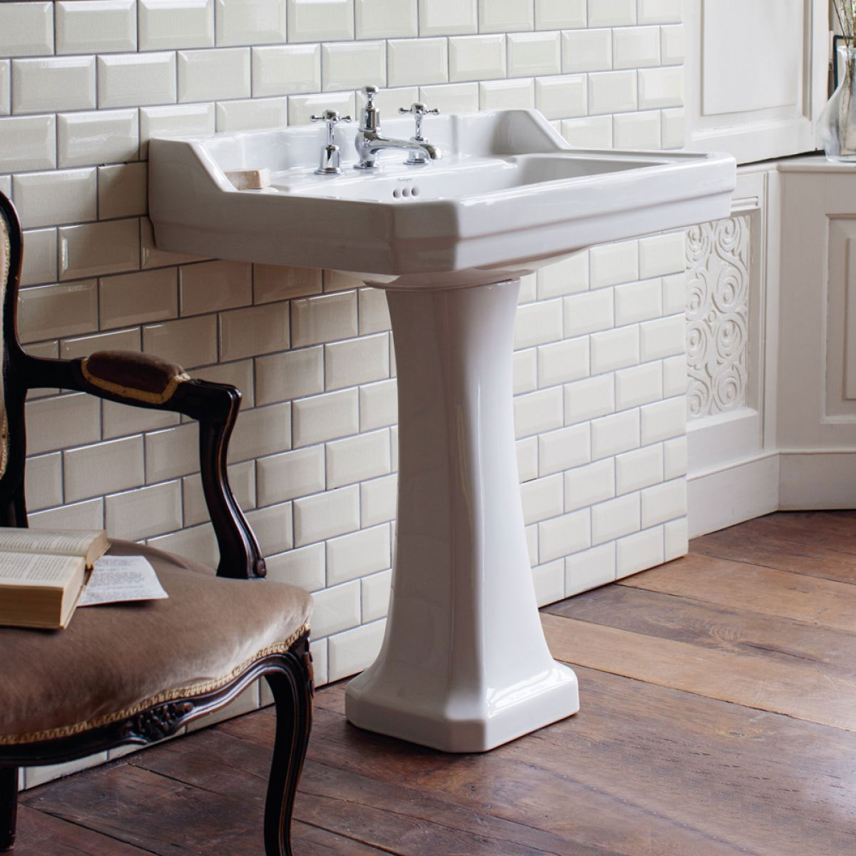 Burlington Edwardian Basin with Full Pedestal, 800mm Wide, 1 Tap Hole-0