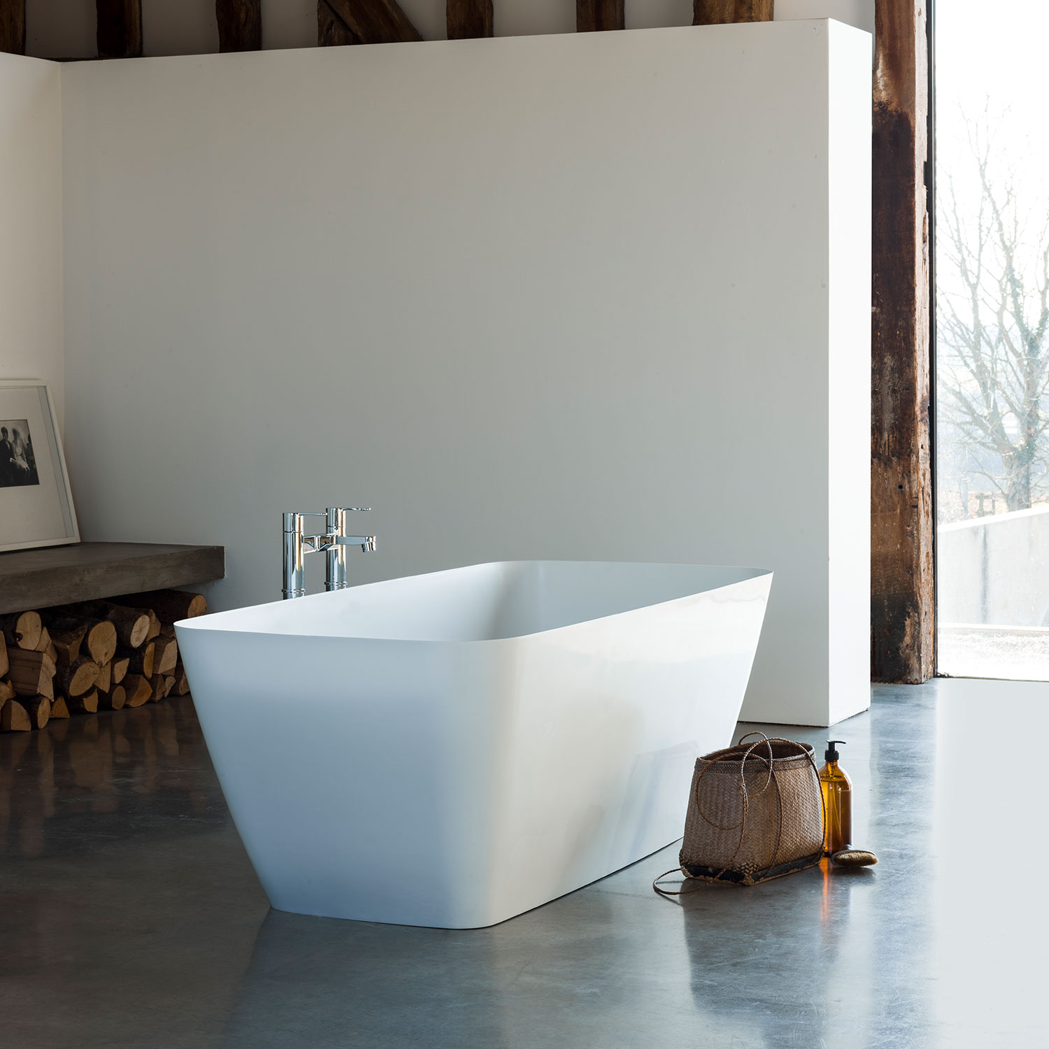 Clearwater Vicenza Petite Freestanding Bath 1524mm x 800mm - Clear Stone