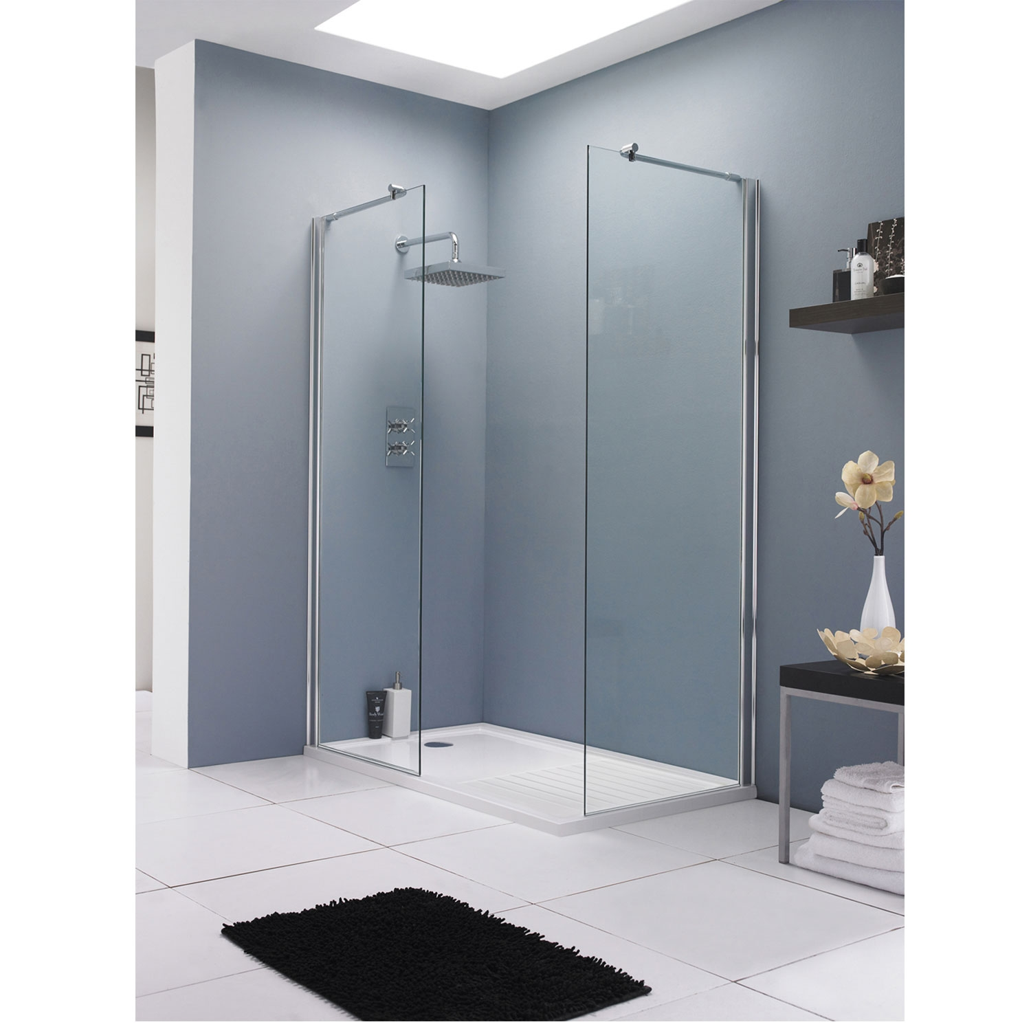 Hudson Reed Wet Room Screen with Support Bar 700mm Wide - 8mm Glass