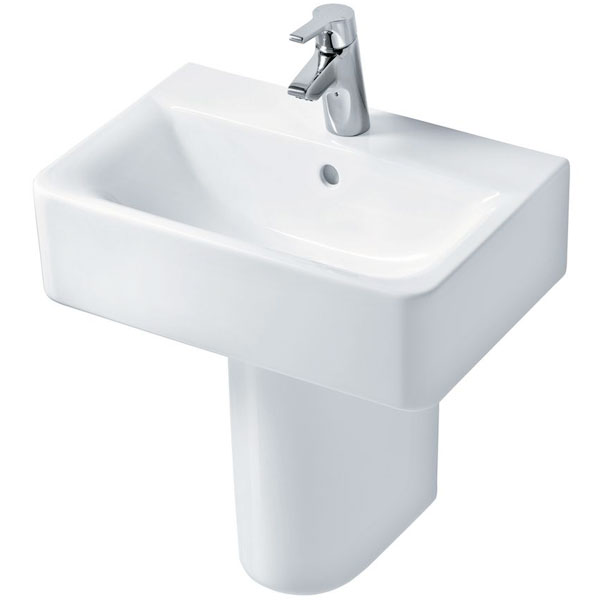 Ideal Standard Concept Cube Short Projection Basin and Semi Pedestal 550mm 1 Tap Hole