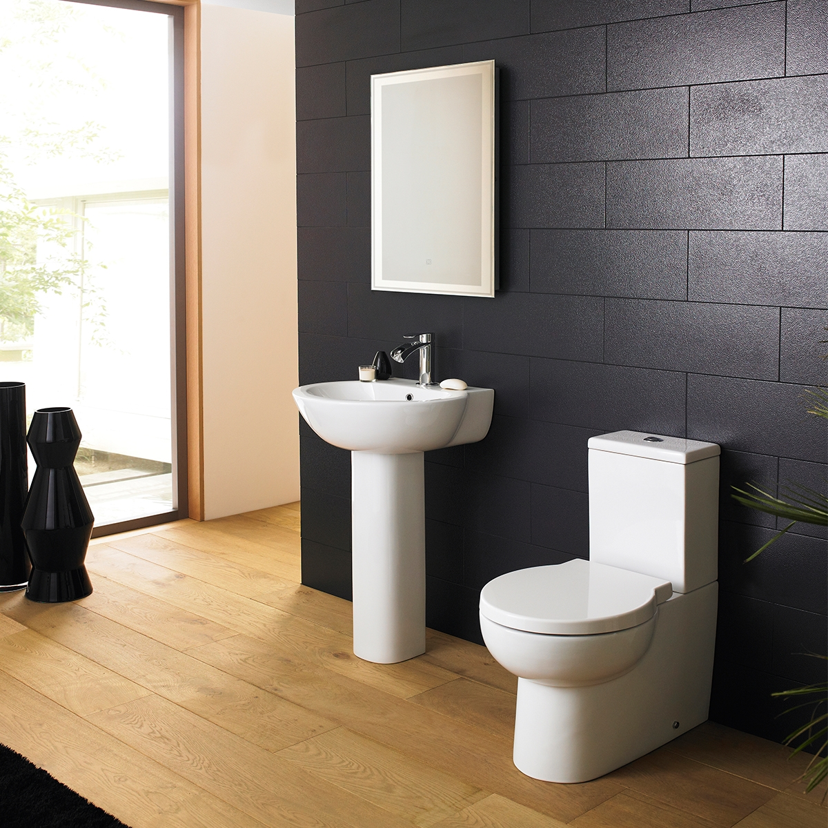 Premier Darwin Close Coupled Toilet with Push Button Cistern - Soft Close Seat