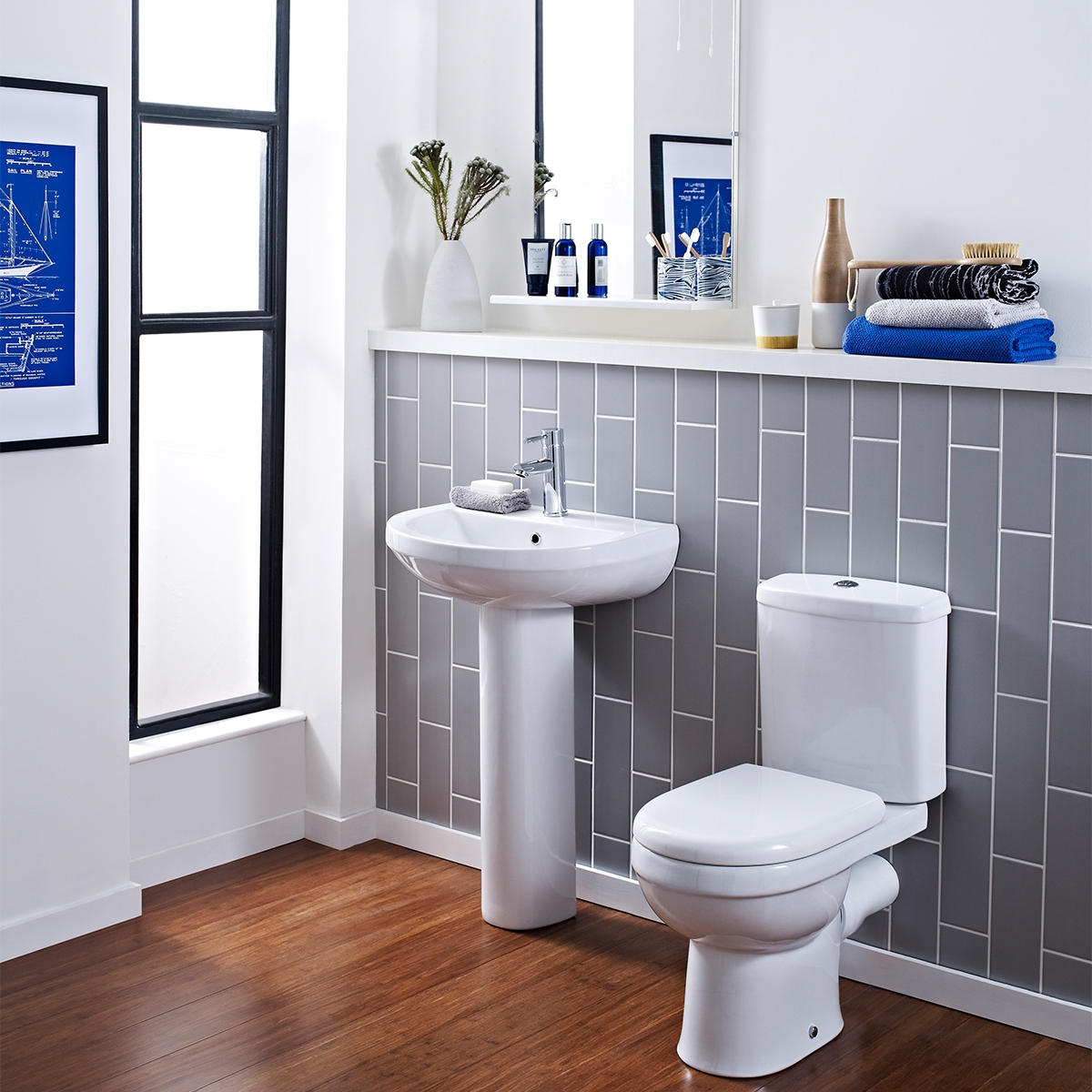 Premier Ivo Close Coupled Toilet with Push Button Cistern - Soft Close Seat