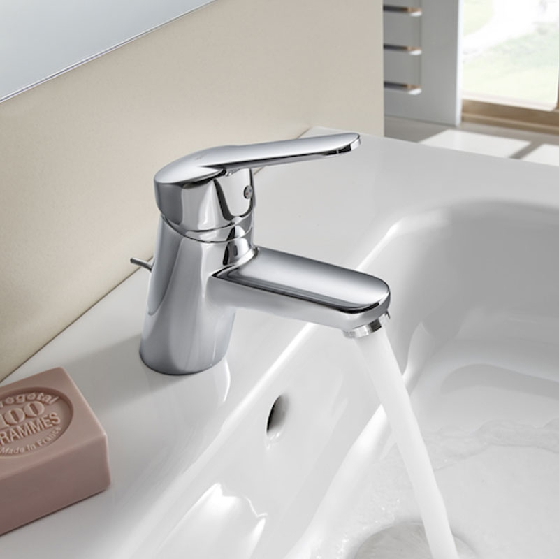 Roca Victoria Basin Mixer Tap with Chain Connector - Chrome