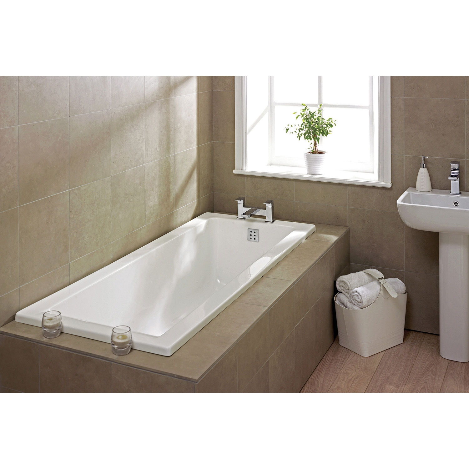 Verona Atlanta Single Ended Rectangular Tungstenite Bath 1400mm x 700mm - 0 Tap Hole