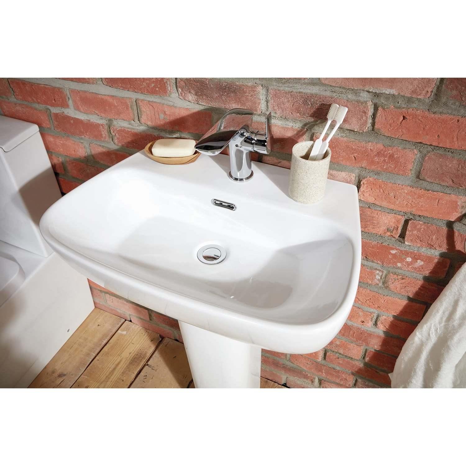 Verona Bellisi Aquaceramica Basin with Full Pedestal 600mm Wide - 1 Tap Hole