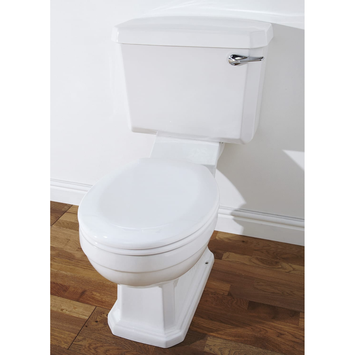 Verona Hamilton Close Coupled Toilet with Cistern - Soft Close Seat