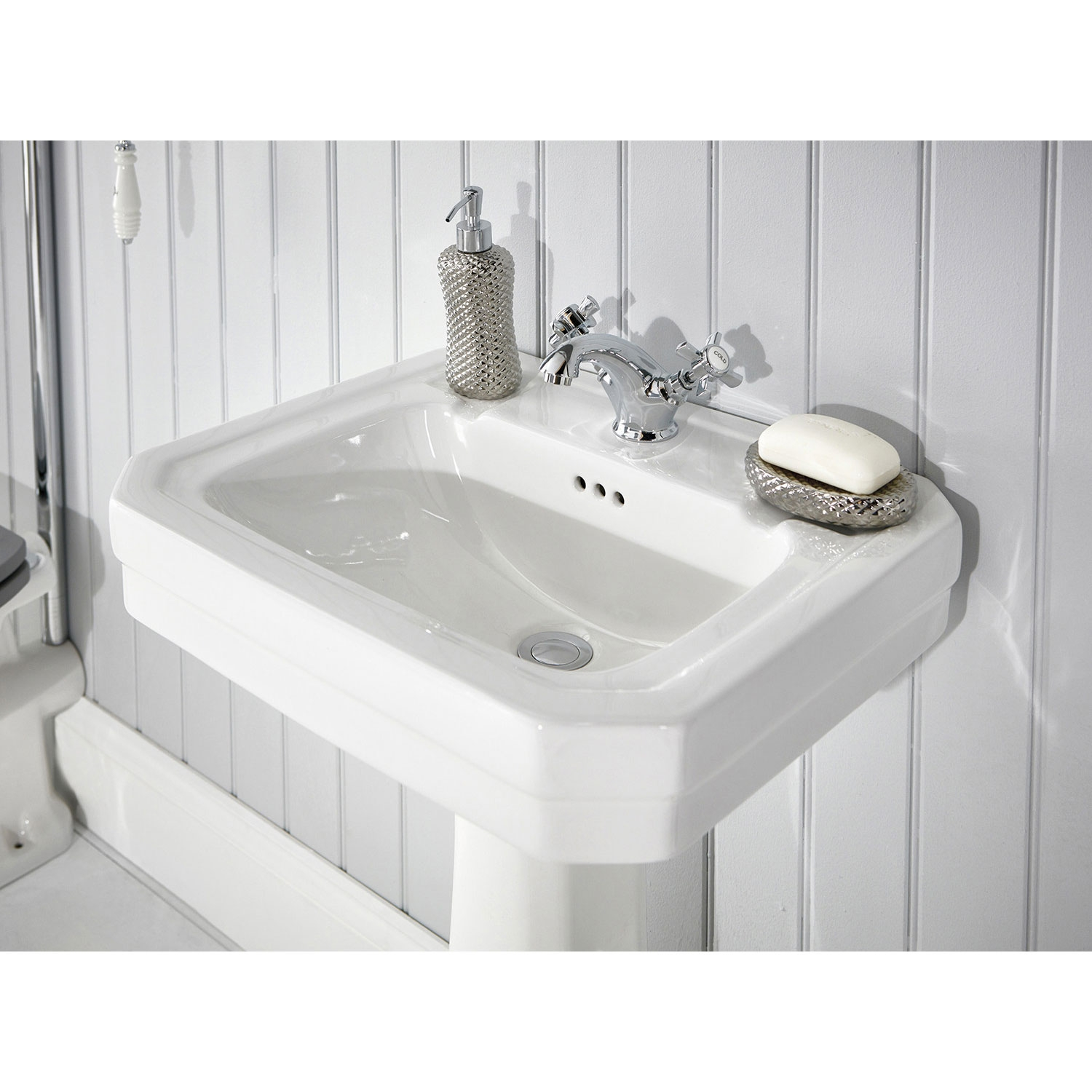 Verona Holborn Basin with Full Pedestal 550mm Wide - 1 Tap Hole