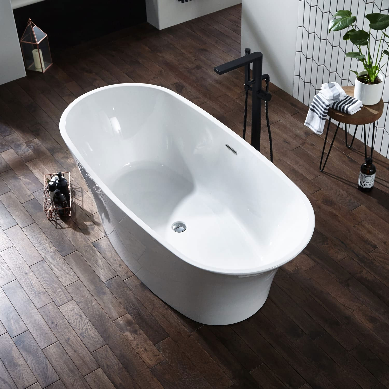 Verona Ion Luxury Freestanding Bath 1700mm x 800mm with Integrated Waste