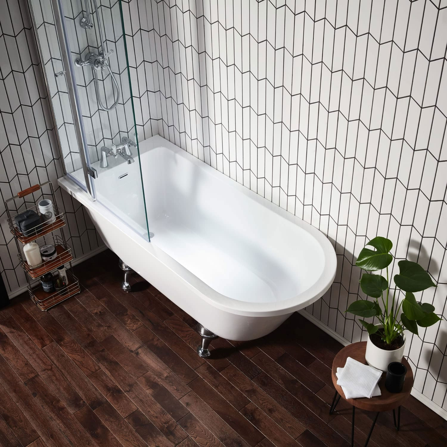 Verona Islington Bath Screen with Flipper Panel 1450mm High x 850mm Wide - Clear Glass