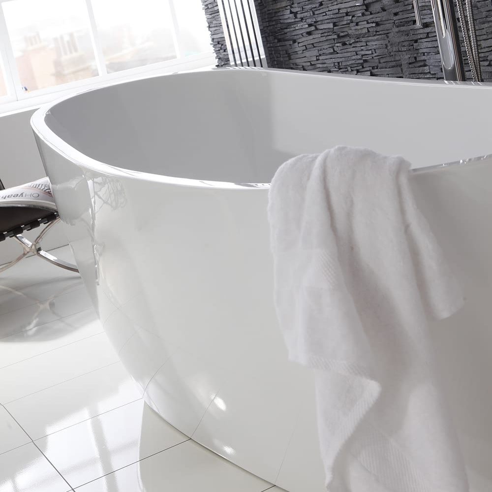 Verona Pano Freestanding Slipper Bath 1500mm x 735mm  - White